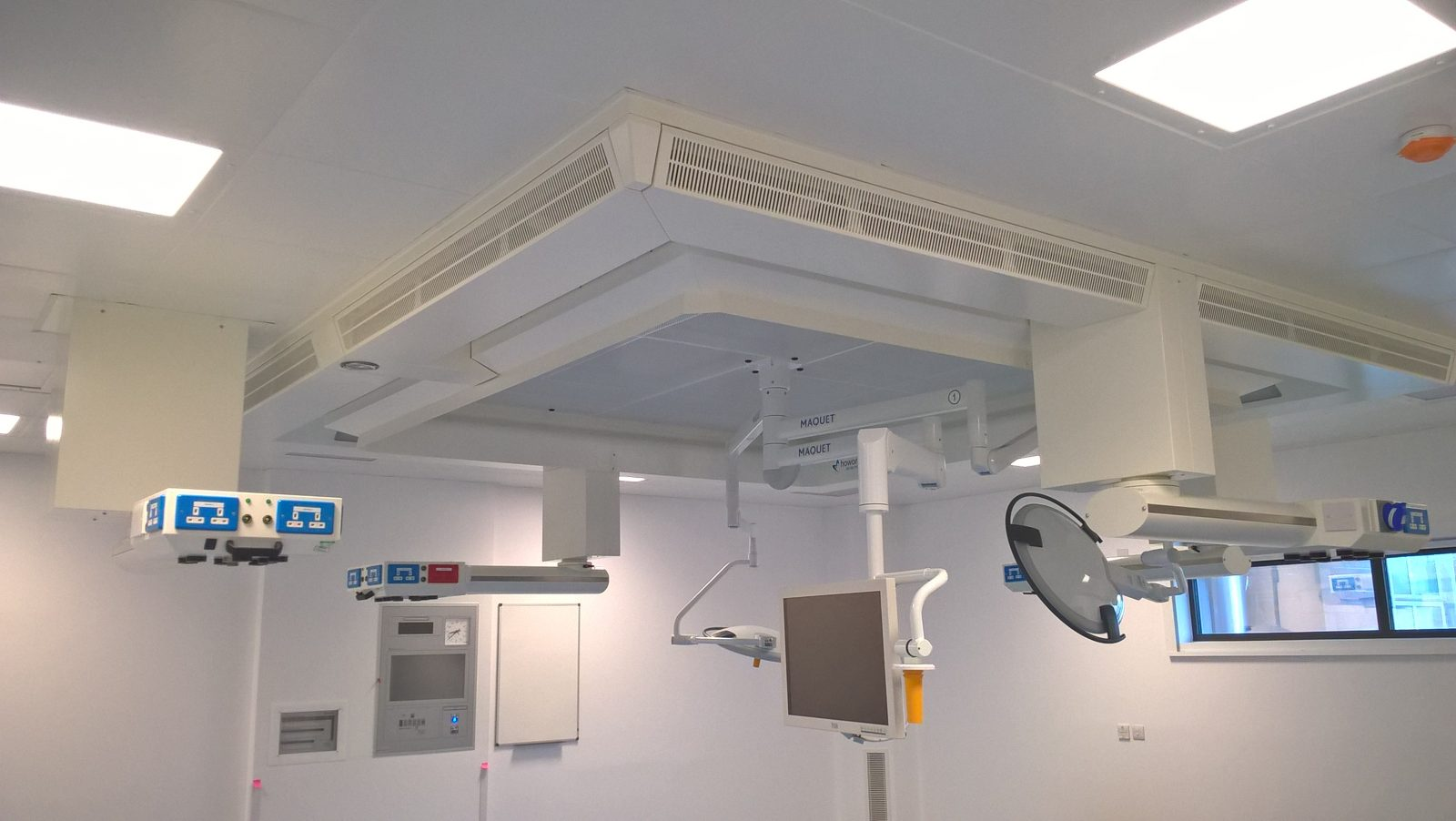 Operating Theatres Mechanical and Electrical engineering services and infrastructure